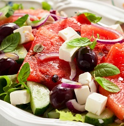 салат с сыром фета, фото