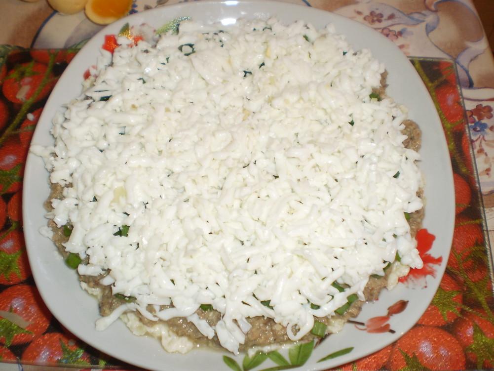 фото салат мимоза, слой яичный белок, фото