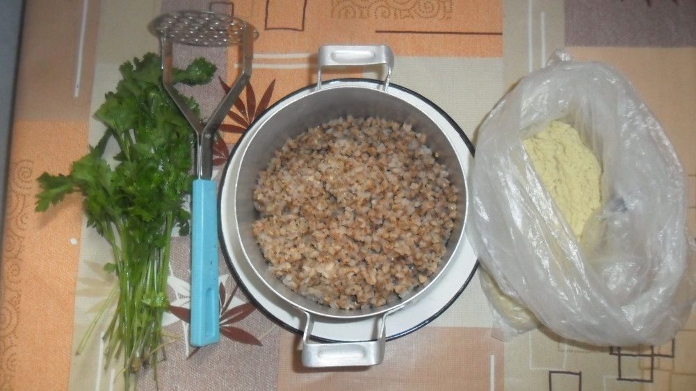 фото постного стола, рецепты с фото, меню постного стола, фото ингредиентов для котлет из гречки
