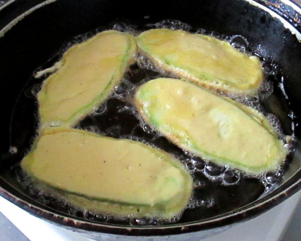 кабачки в кляре на сковороде фото
