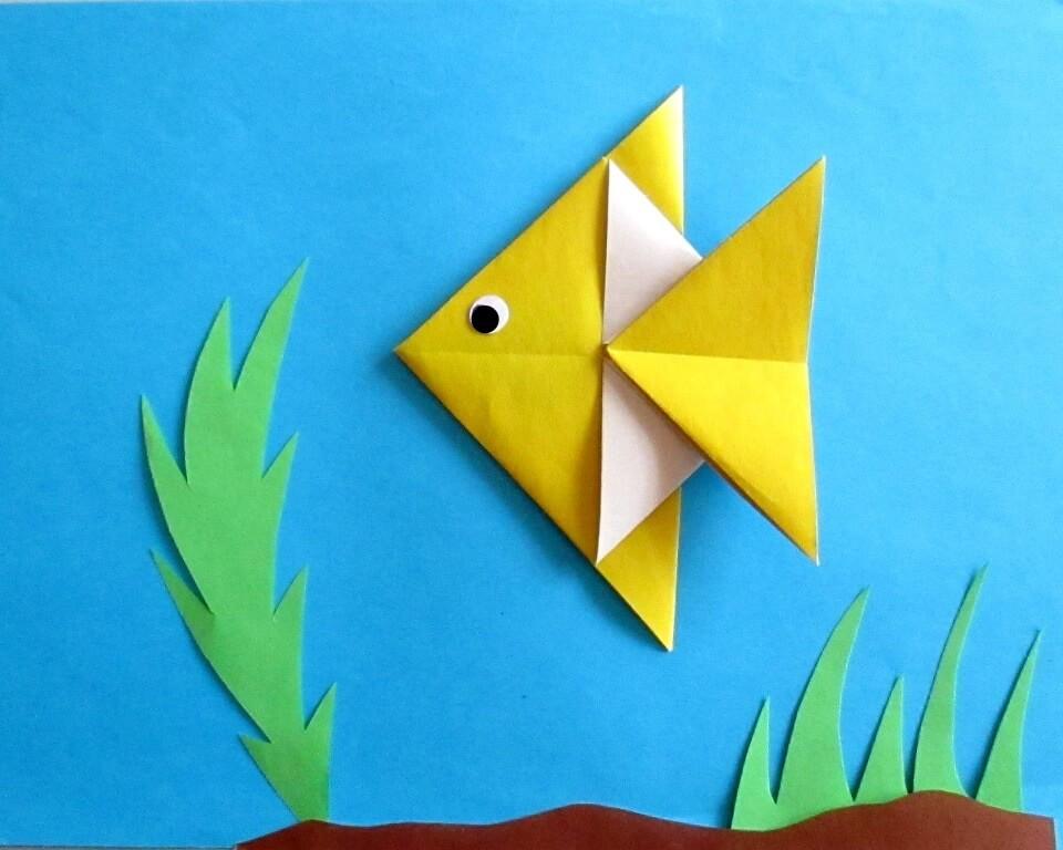 рыбка из цветной бумаги, фото