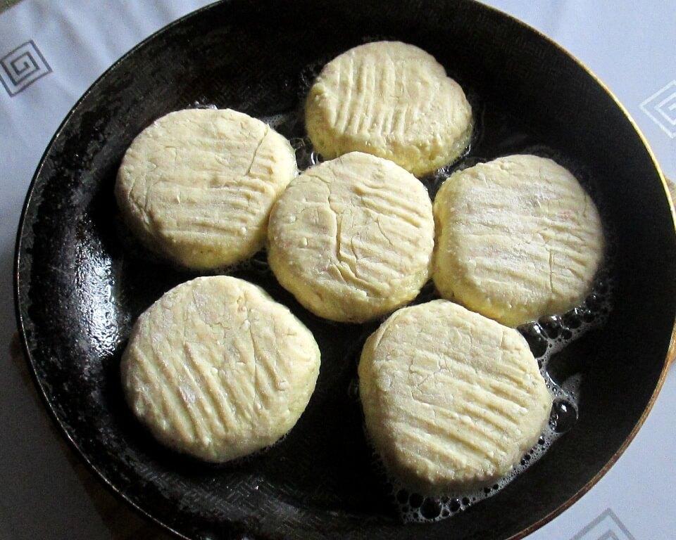сырники на сковороде фото